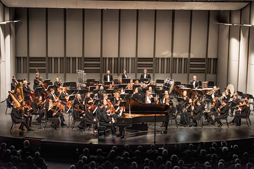 "PGSymphony performs ""Spiritualist"" composed by Grammy Award winning composer Kenneth Fuchs. Photo by Jerry Beard."