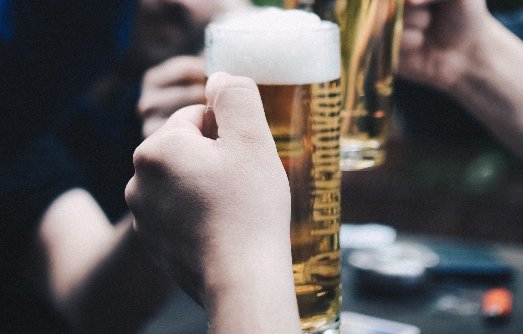 The Best Cheap Happy Hour Spots In Sherman Oaks