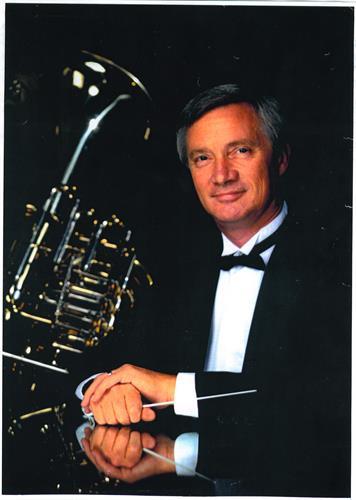 Associate Conductor Steve Mallinson