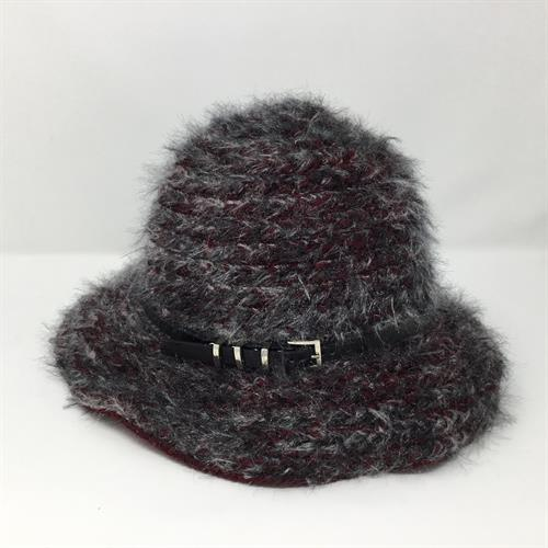 Great selection of new winter and summer hats year-round.