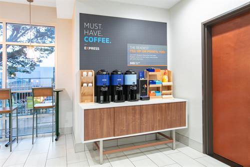 Gallery Image SSDOR-holiday-inn-express-seaside-coffee-station-1.jpg
