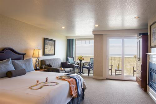 Ocean front king & queen suite