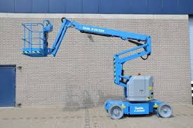 Aerial boom lifts, 34 - 67'