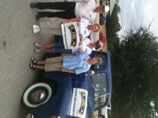 Bulverde Parade, RBFCU 1952 Chevy with Mr. & Mrs. Smith CEO