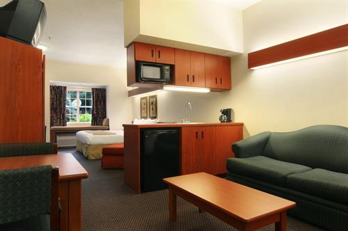 Gallery Image Microtel_Inn_and_Suites_-_Altanta_(Perimeter_Center)_005.jpg