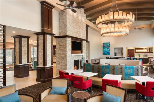 Gallery Image Atlanta._GA._Homewood_Suites._Sandy_Springs._Extended_Stay._Food_and_Beverage._Lodge_Seating..jpg