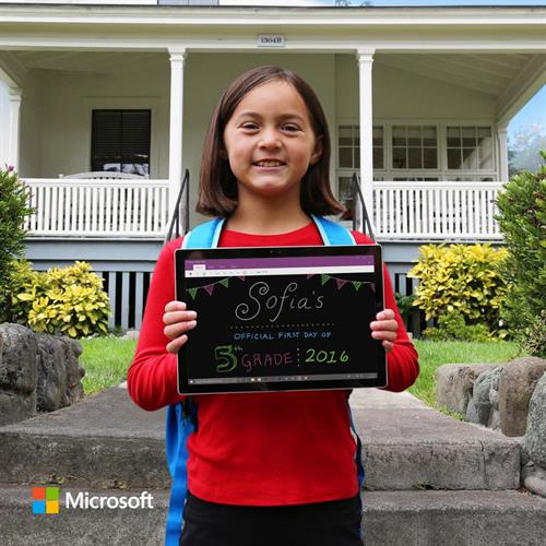 From paper and pencil to @Surface Pen and ink, Sophia's off to 5th grade. #firstdayofschool #SurfaceArt