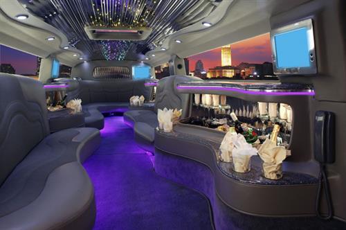 Gallery Image 20-passenger-black-krystal-koach-hummer-limosuine-interior.jpg