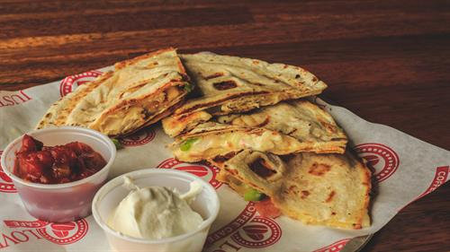 Chicken (or veggie) Quesadilla