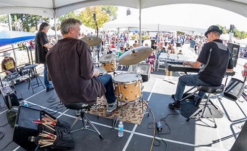 Chris Banta Trio performing at the Moorpark Street Fair