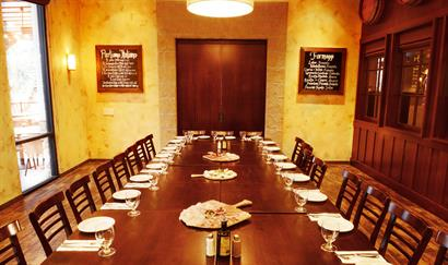 Casual private dining in the Taverna Room at Olio Pizzeria® Westlake Village