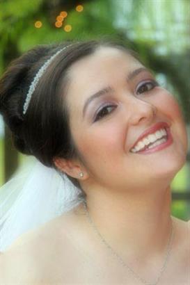 Gallery Image bridal_makeup.jpg