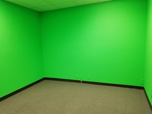 Innovation Center - a business development co-space for entrepreneurs & small business owners. ** Green Screen Room available for rent **