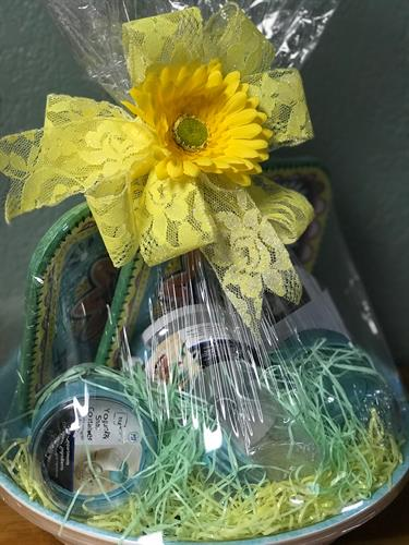 A kitchenett Basket for a raffle