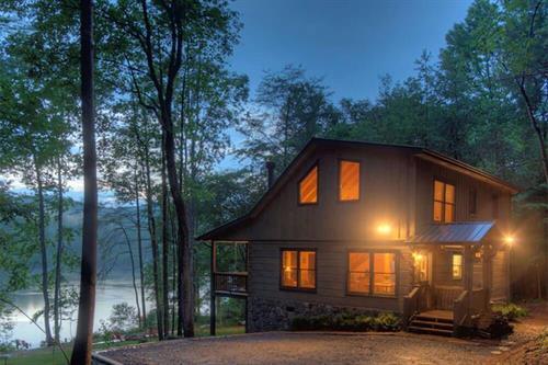 Morning Breeze Cabin Rentals, luxury cabins in Blue Ridge and Ellijay, GA