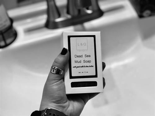 L&Q Dead Sea Mud Soap