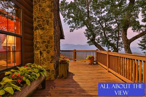 2BR/3BA cabin with magnificent mountain views. New to Blue Sky 8/16/19