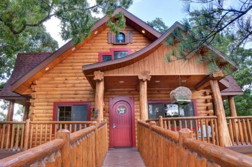 Treehouse Walkway