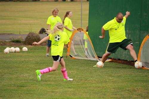 Gallery Image Jeff_SYL_Soccer_Camp_455.JPG