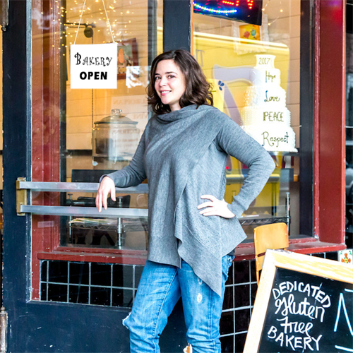 Amanda in front of her previous bakery business