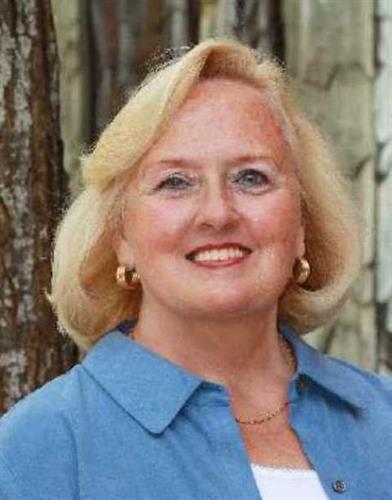 Carol Jensen, Broker
