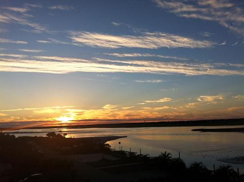 Gallery Image 131OIW_Sunset.jpg