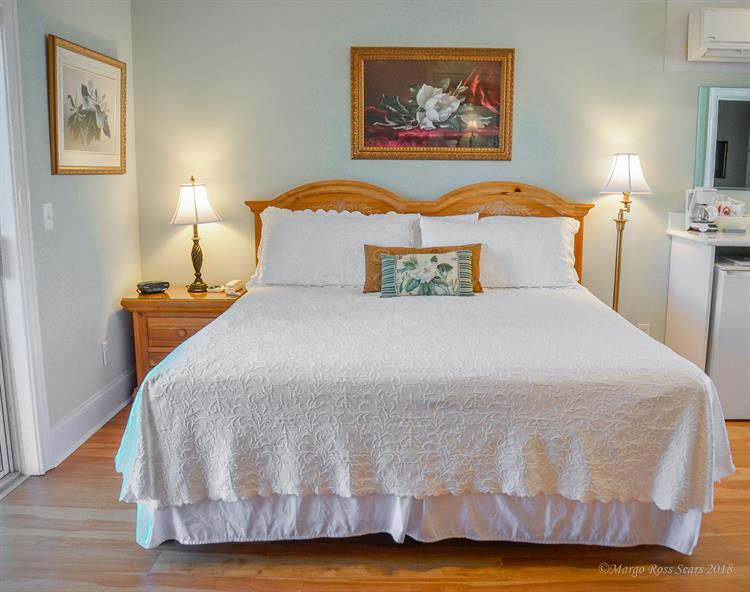 Magnolia Room