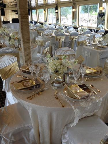 Wedding on the Grand Duchess Charter Boat