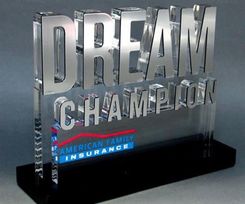 Proud Dream Champion Award