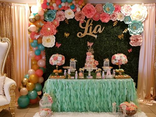 Gallery Image Lia's_Baby_Shower_Organic_Balloon_Decor_and_Rose_Themed_Treats_(20).jpg