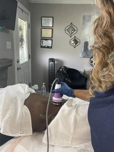 Gallery Image BODY_CONTOURING_IN_NEW_ORLEANS_wood_therapy_in_new_orleans_area.jpeg