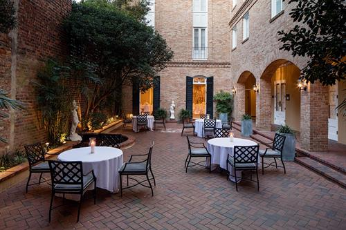 Holiday Inn Chateau LeMoyne French Quarter Garden Courtyard Private Event Space
