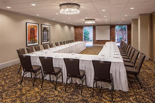 Holiday Inn Chateau LeMoyne French Quarter Bienville Meeting Room