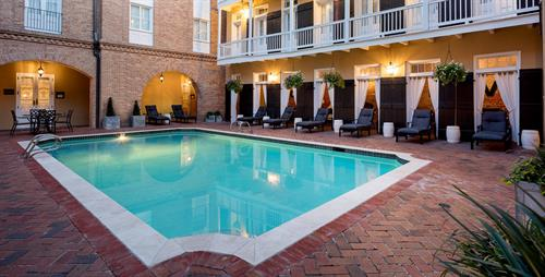 Holiday Inn Chateau LeMoyne French Quarter Pool Courtyard