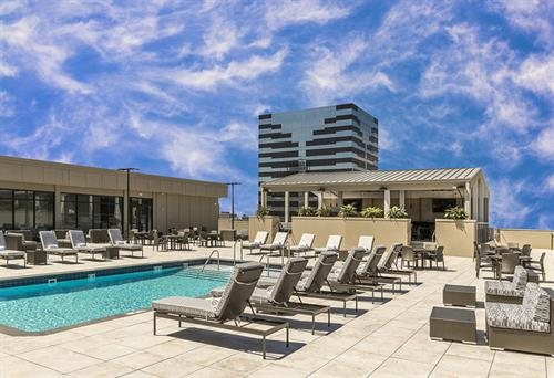 6th Floor Pool and Terrace