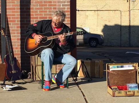 Jeff performing at Fort Farmers Market