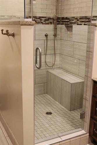 Fort Atkinson custom shower