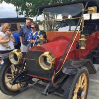 Antique ''horseless carriages'' roll into Johnston County