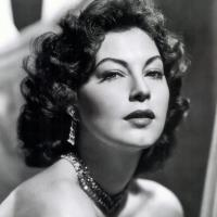 Ava Gardner Museum to unveil Sharif, Sinatra exhibits