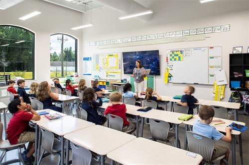 Gallery Image Thales_Classroom.jpg