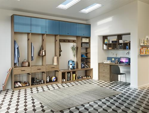 Gallery Image Auburn-Mudroom.jpg