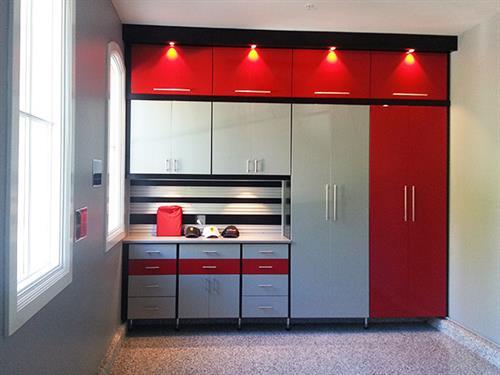Gallery Image Ferrari-Garage-Cropped_(1).jpg