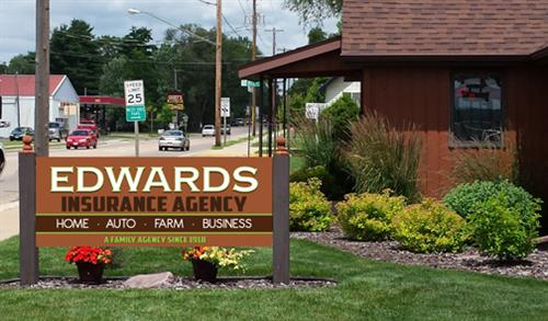 Gallery Image Edwards_new_sign_brown_posts.jpg