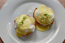 Gourmet breakfast - eggs benedict
