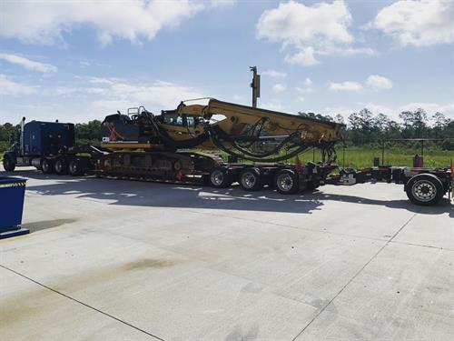 8 Axle Removable Goose Neck hauling foundation drill