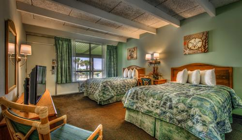 TWO QUEEN BEDS, OCEANFRONT SUITE