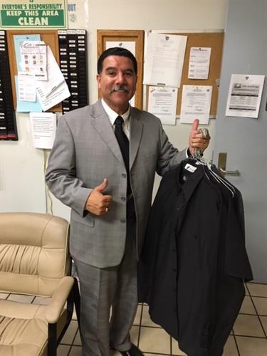 Senior Sales Consultant Gilbert Rodriguez
