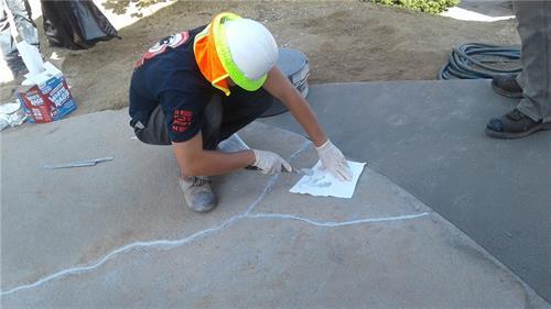 Repairing cracks using Nexus