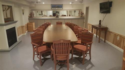 Down East Room, rates start at $74.99, can seat up to 20, includes TV/HDMI hook ups and access to catering kitchen, ideal for meetings