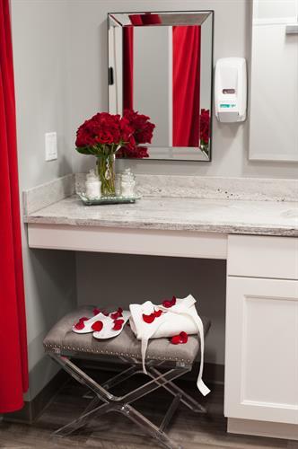 Gallery Image roses._restroom._robe_scene.jpg